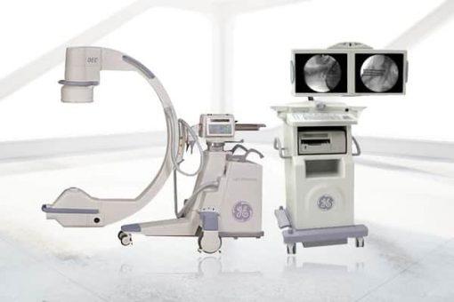GE-OEC 9900 Super C C-arm with monitor cart